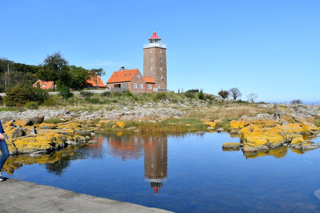 Svaneke Gamle Fyr set fra Hullehavn