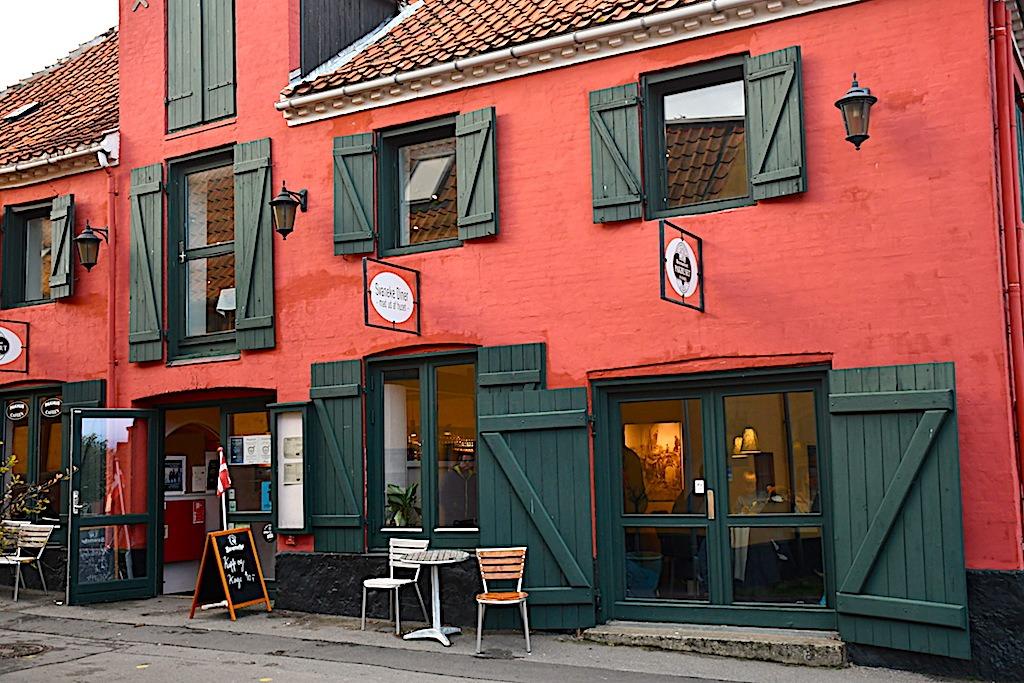 billederesultat for restaurant pakhuset i Svaneke