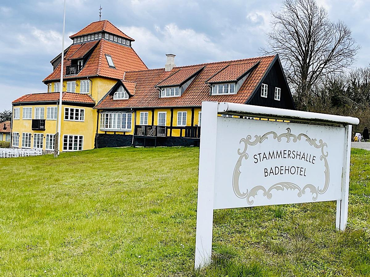 Det smukke og kendte Stammershalle Badehotel mellem Gudhjem og Allinge på Bornholm er blevet solgt. Foto: Holger Rørby Madsen, Bornholmer.dk.